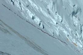 fronta na Everestu1